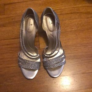 Bandolino silver dress shoes